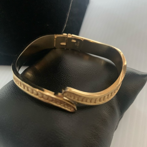 Monet bracelet